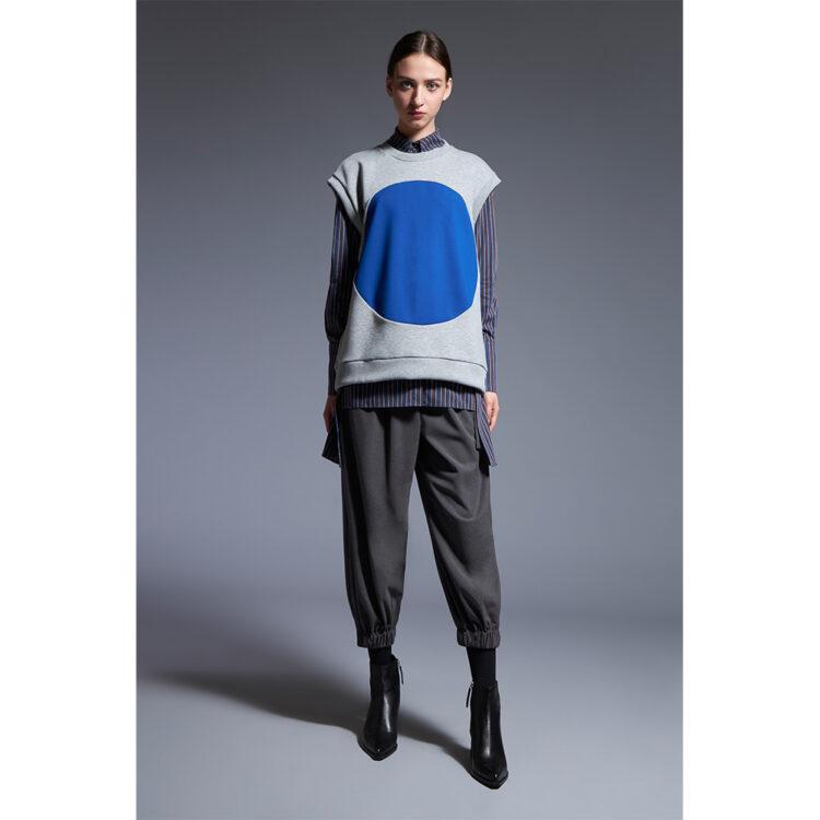 Sleeveless-sweatshirt-1