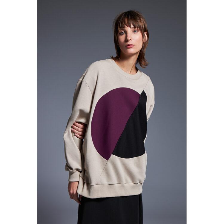 beige-sweatshirt-1