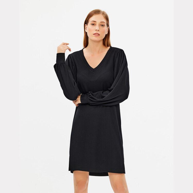 black-dress-parthenis-1